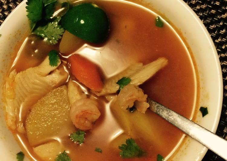 Caldo de Pescado con Camarón (Seafood Soup)