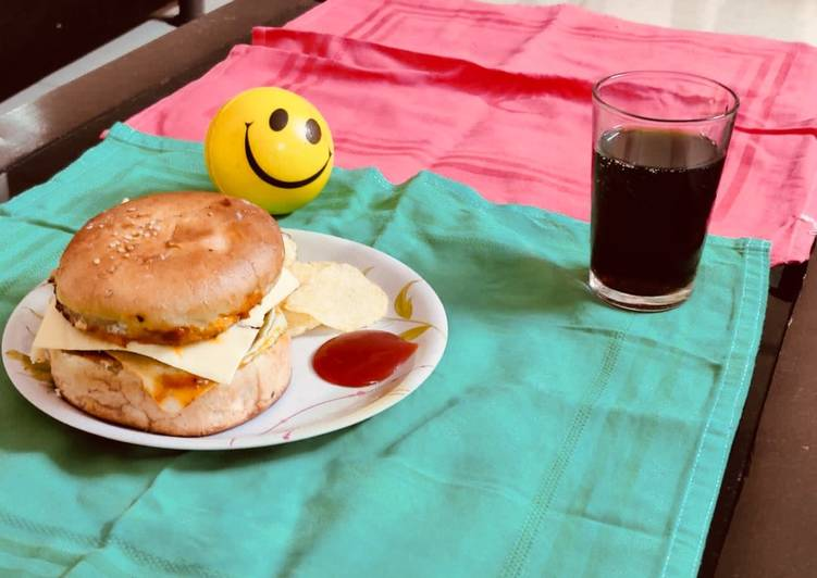 Step-by-Step Guide to Make Favorite Aloo Muttor Tikki Burger