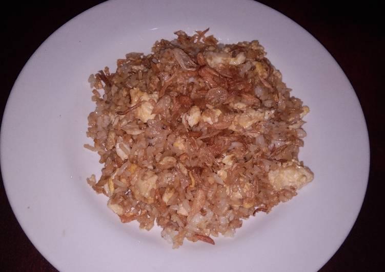 Nasi goreng telur, kilat ekonomis