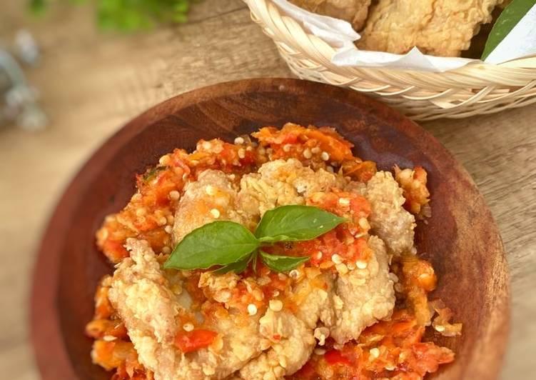 Ayam geprek crispy sambal korek