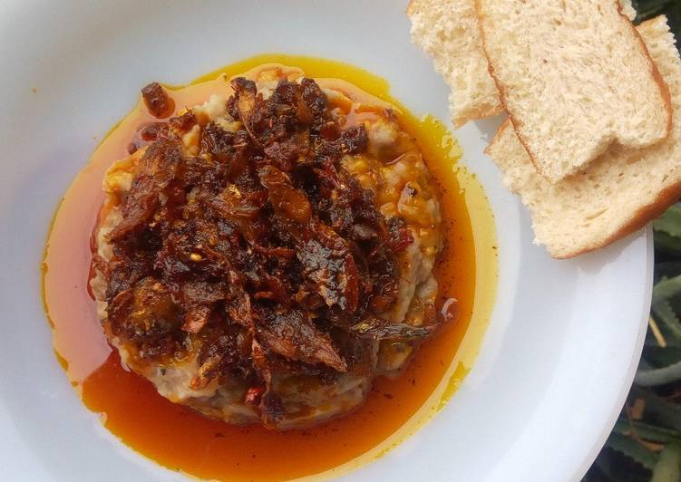 "Recipe of Super Quick Homemade Ewa-Agonyin and its sauce/stew (""mashed bean"")"