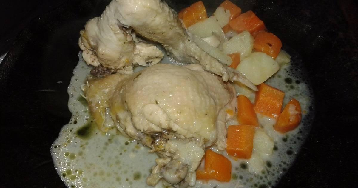 Pollo a la crema de verdeo y brócoli Receta de Anahi Alegre