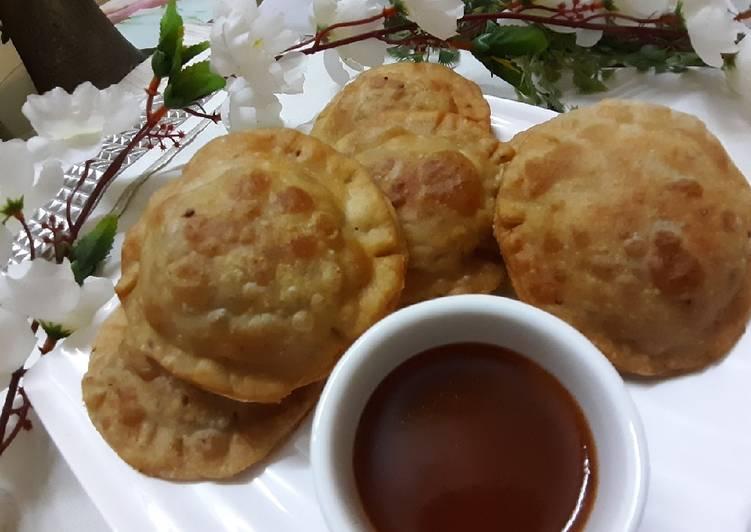 How to Prepare Tasty Sweet potato ravioli samosa