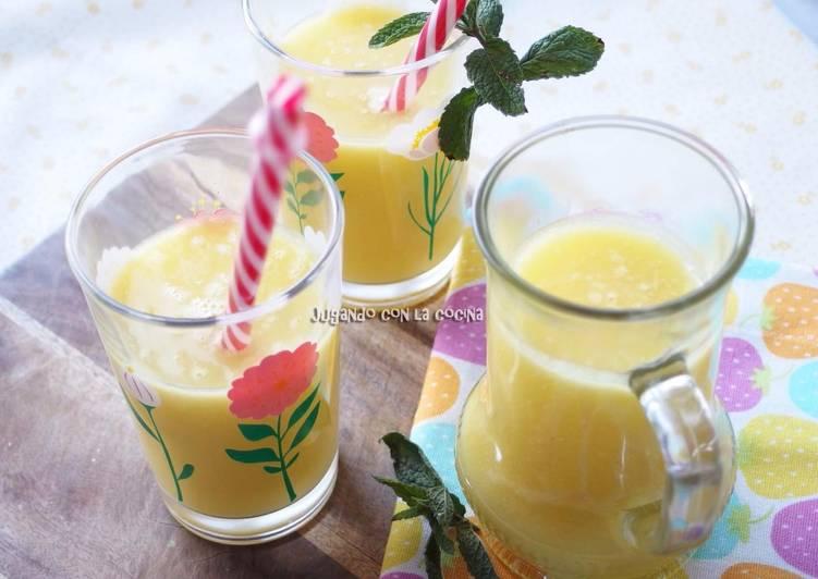 Batido de piña y agua de coco, detox y quemagrasas - Pineapple and coconut water smoothie detox