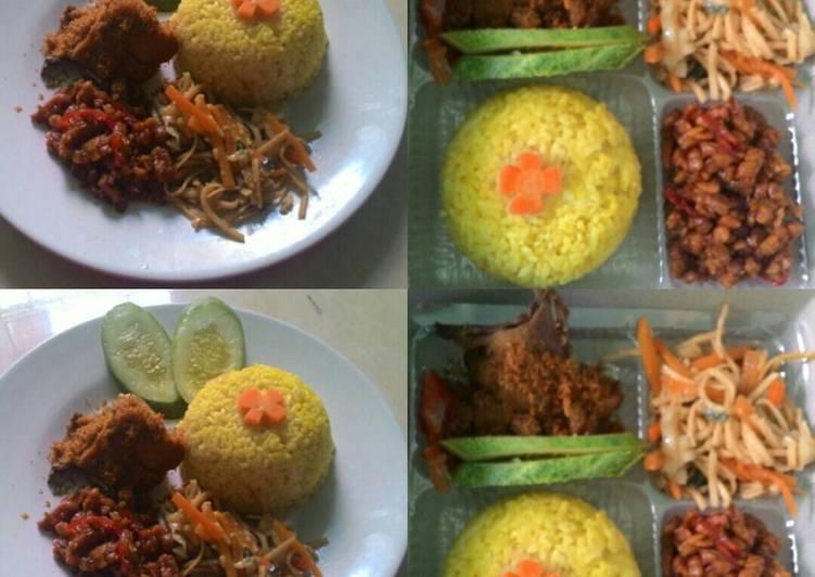 Nasi kuning spesial with 💕 - cookandrecipe.com