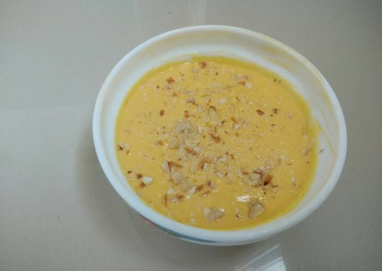 What are some Dinner Easy Favorite Amrakhand (mango flavoured sweetened curd)