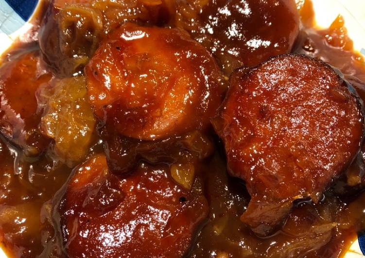 How to Prepare Homemade Crockpot Sweet and Sour Keilbasa