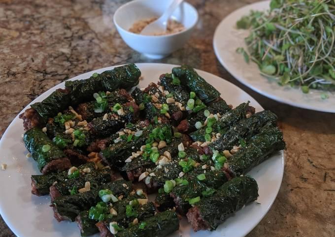 Bò lá lốt (Meat wrapped in betel leaf)