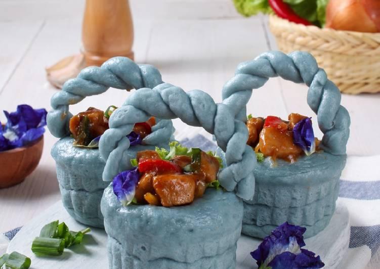 Bakpao Bunga Telang Isi Ayam Saus Tiram