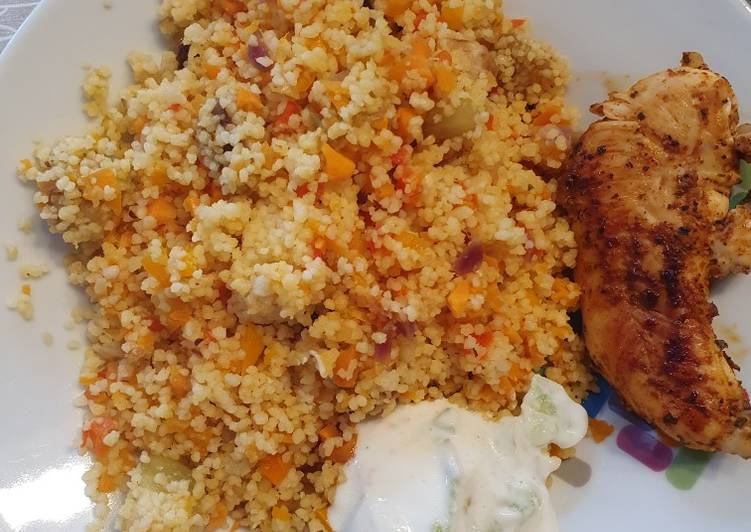 Easy couscous with refreshing cucumber salat