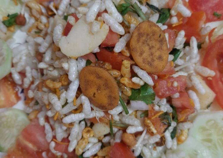 Steps to Prepare Speedy Bhelpuri salad