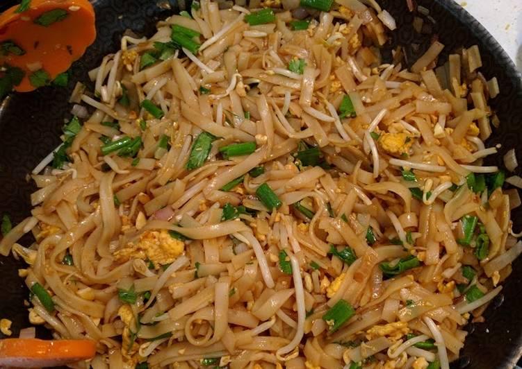 What is Dinner Ideas Autumn Pad Thai