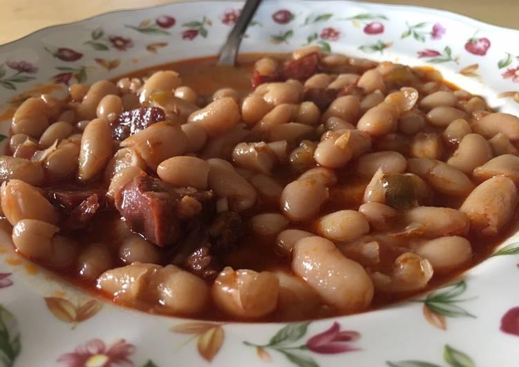 Guiso De Alubias De Bote Con Chorizo Y Jamón Receta De Marina Cookpad