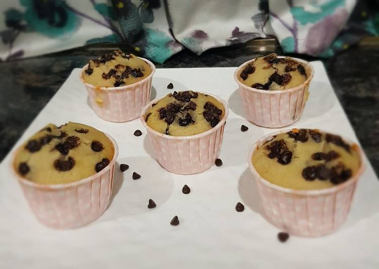 Choco chips Cup cakes