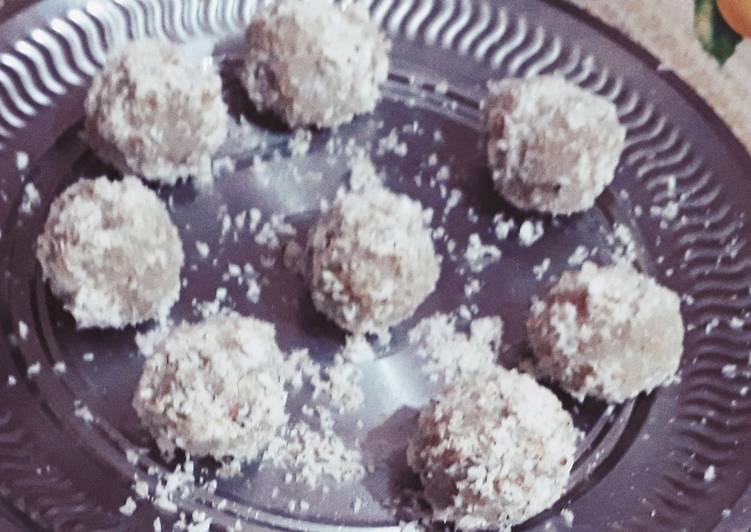 Simple Way to Make Ultimate Nariyal/Coconut Laddoo without condensed milk and khoya