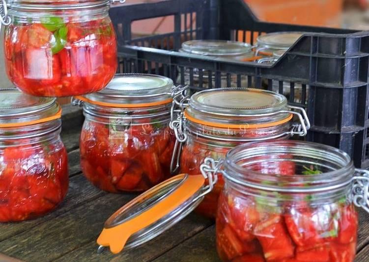 Conserves de tomates concassées