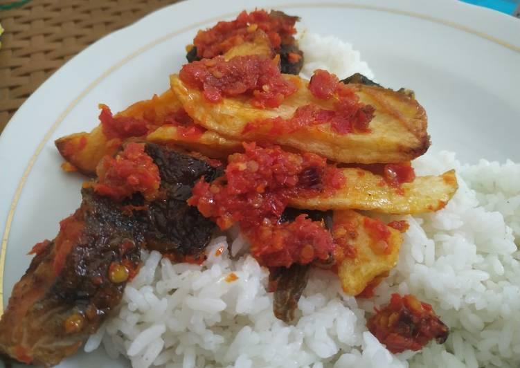 Lele Goreng kentang Sambel Balado Padang
