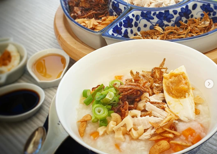 Malaysian Rice and Chicken Congee