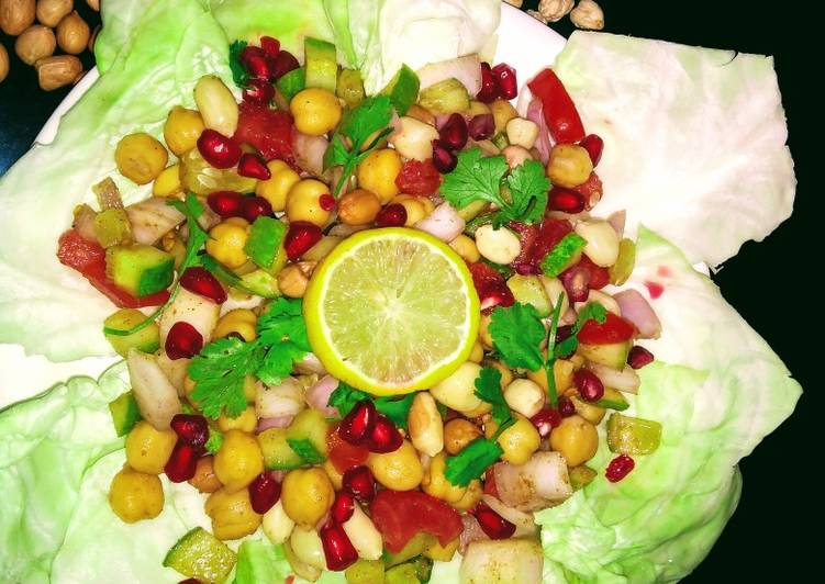 Chole peanut salad
