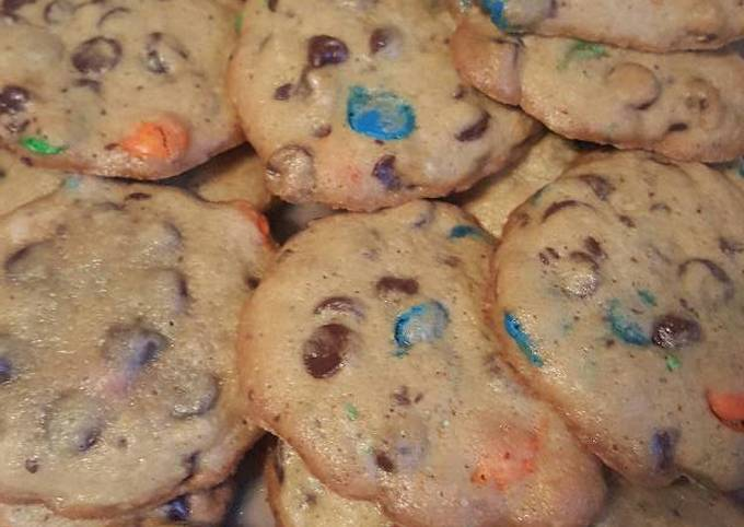 Delicious Chewy Chocolate Chip and M&M Cookies