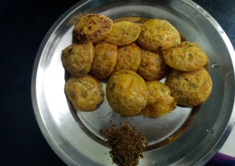 Rava paniyaram (ponganalu) healthy breakfast