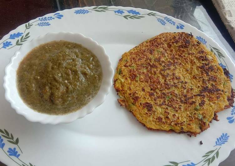 Veggie Oats Chilla with green chutney