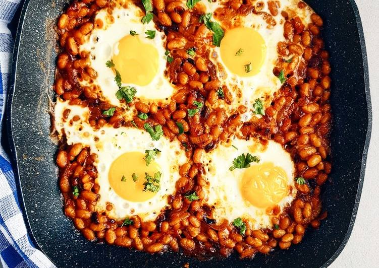Step-by-Step Guide to Make Quick Spicy baked beans and eggs