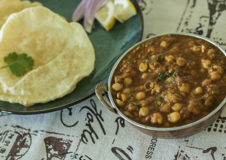 Easiest Way to Prepare Top-Rated Chole bhature