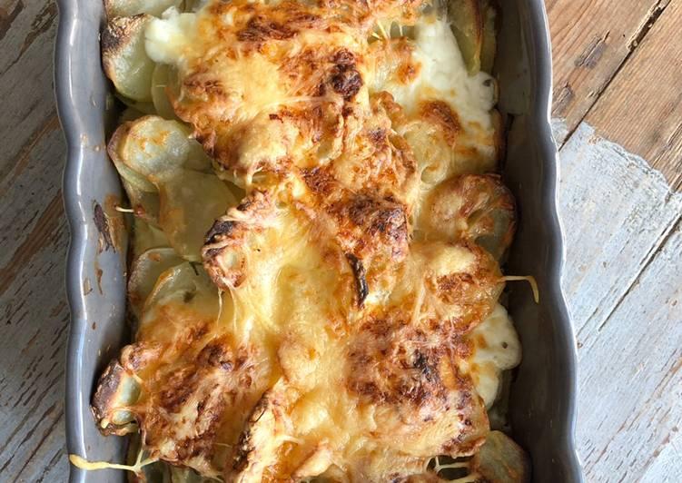 recette Gratin de pommes de terre au four le délicieux