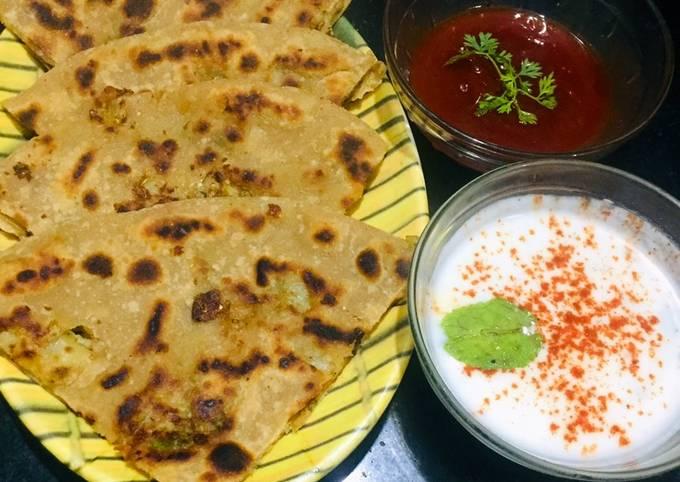 Recipe of Homemade Aloo cheese paratha