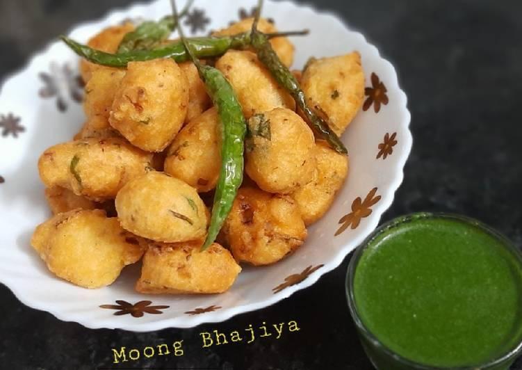 10 Minute Easiest Way to Prepare Super Quick Homemade Moong dal Bhajiya