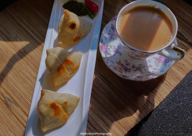 Baked Samose and Tea