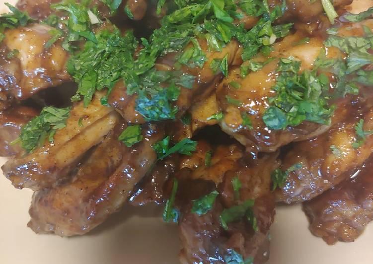 Simple Way to Prepare Favorite Honey garlic chicken wings