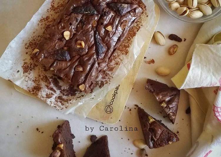 Hazel-Pista Shiny Brownies