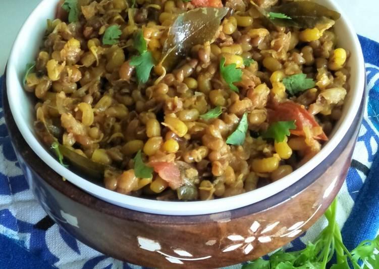 Simple Way to Prepare Homemade Matkichi Usal (Moth Beans Vegetable)