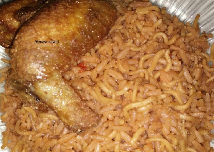 91. Nasi Goreng Mawut + Ayam Goreng