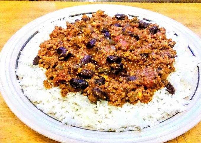 Beefed up Chilli Con Carne, with fresh chillies