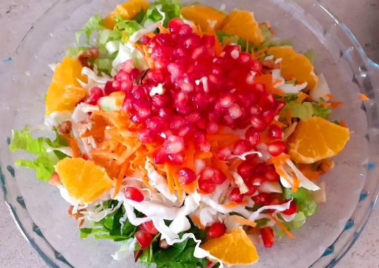 κύρια φωτογραφία συνταγής Χειμωνιάτικη σαλάτα με πορτοκάλι ?