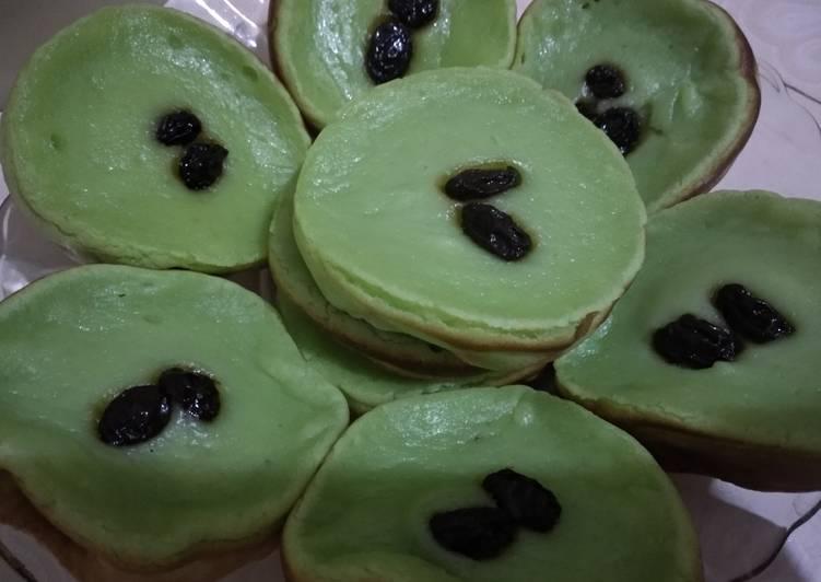 Kue lumpur pandan NCC