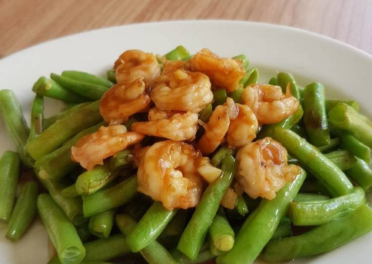 Sauteed Shrimp Bean Vegie With Oyster Sauce Dressing