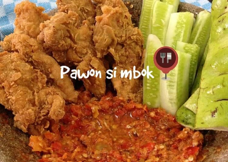 Ayam geprek sambel korek