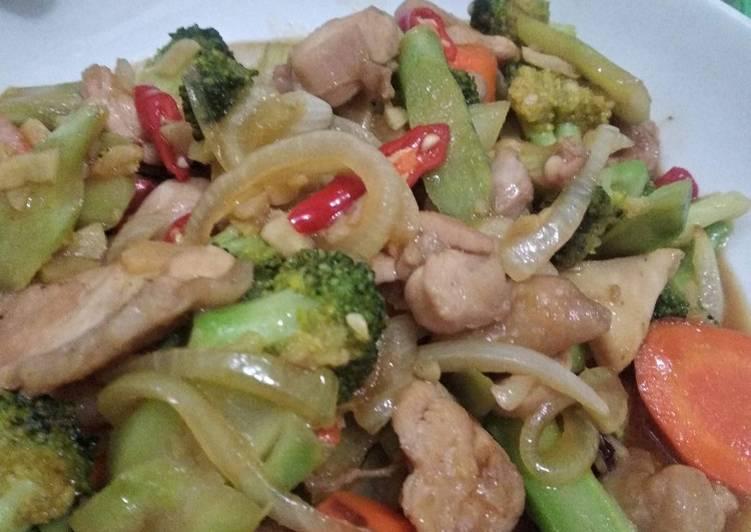 Capcay Brokoli Ayam