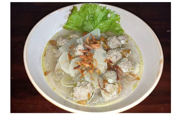 Resep Bakso ayam lobak kuah bening yang Bikin Ngiler
