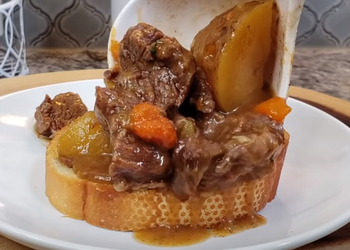 How to Cook Appetizing Pressure Cooker Beef Stew