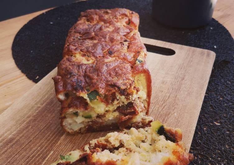 recette Cake courgette, tomates séchées et chèvre Le plus simple