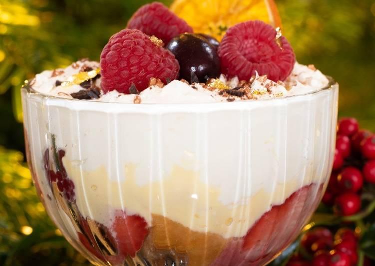 How to Prepare Yummy Christmas Trifle