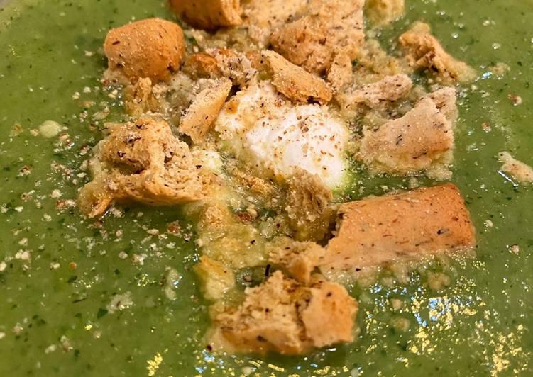Soupe courgette basilic ricotta