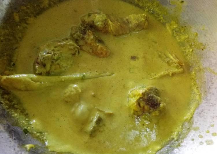 Ayam Masak Lemak Ori N9 - velavinkabakery.com