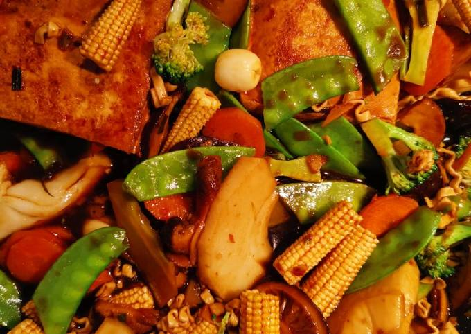 Braised Tofu w veges