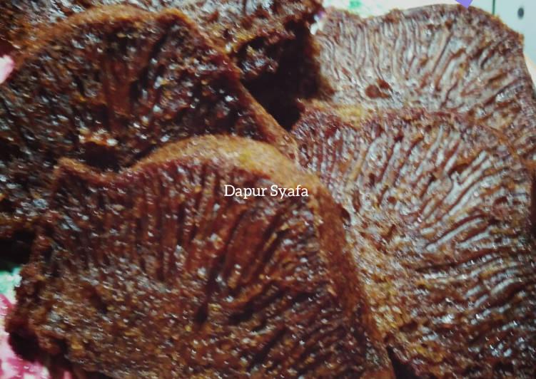 cara memasak Bolu Karamel /Bolu Sarang Semut - Sajian Dapur Bunda